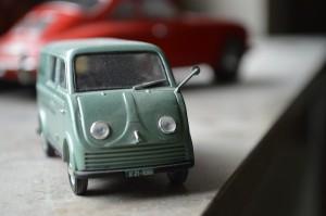 toy-car-73424_1280